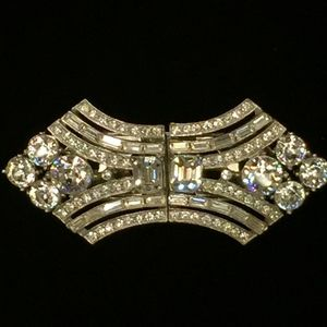 Jewelry - Art Deco Rhinestone Pin